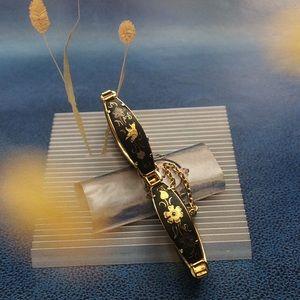 Beautiful vintage gold enamel  bracelet